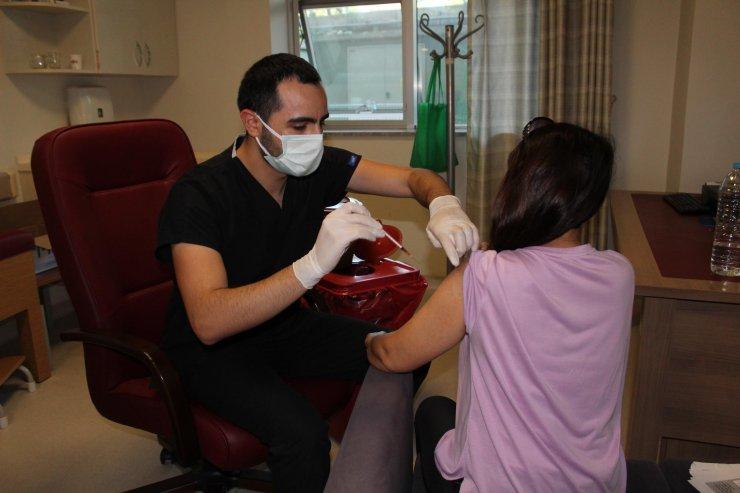 Kocaeli Devlet Hastanesi'nde en yüksek aşı sayısına ulaşıldı