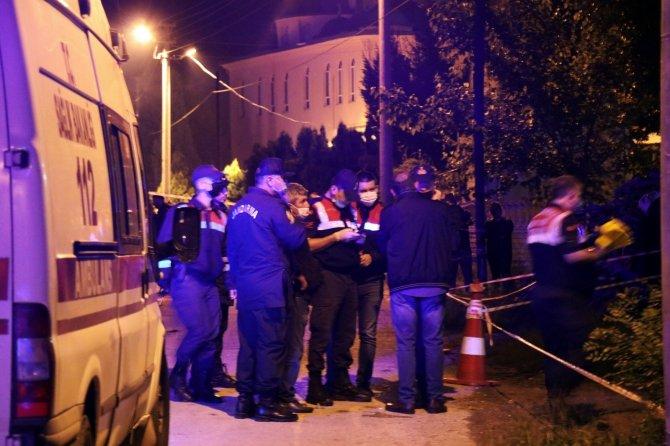 3 akrabasını öldüren şahıs tutuklandı