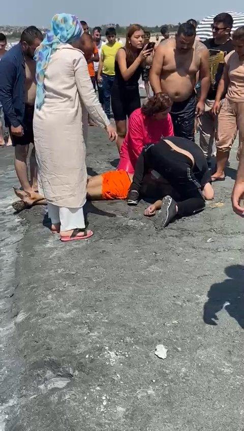 Serinlemek için Salda Gölü'ne giren genç boğuldu