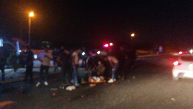 Otomobil aynı istikamette giden araca çarptı: 5 yaralı