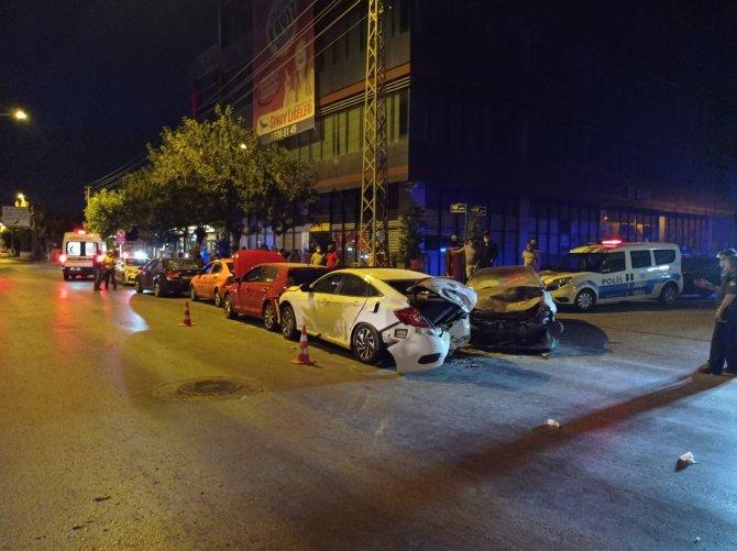 Zincirleme trafik kazası: 7 yaralı