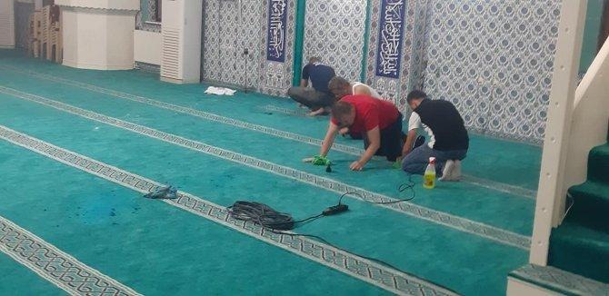 Camiye yapılan saldırıda 2 gözaltı