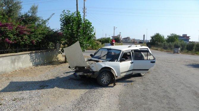Trafik kazası sonrası araçtan çıkıp oyunlarına devam ettiler