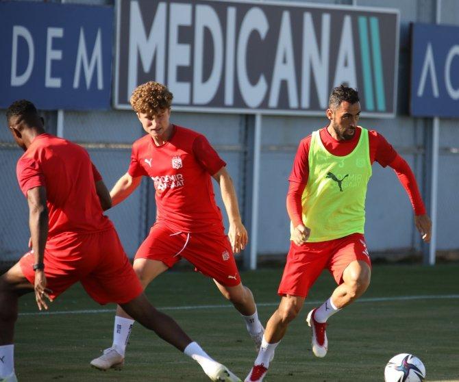 Sivasspor, Petrocub maçının taktiğini çalıştı