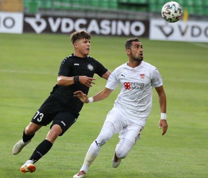 Sivasspor, Petrocub'u ağırlayacak