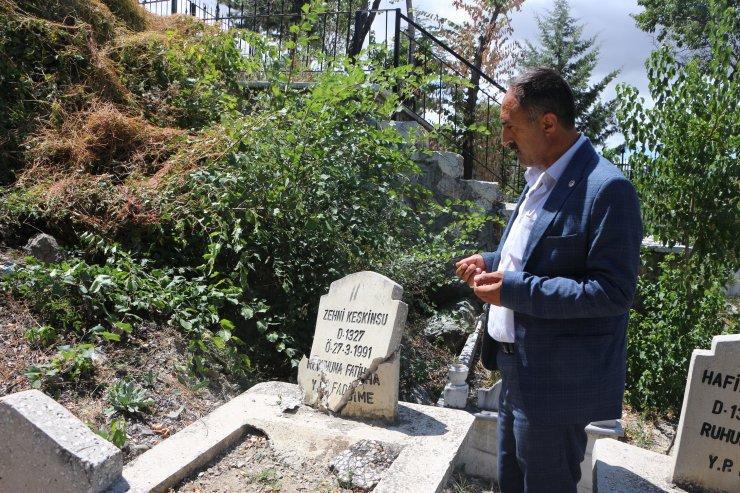 Belediye başkanı, oğlunun minibüsle çarptığı mezarı yaptıracak