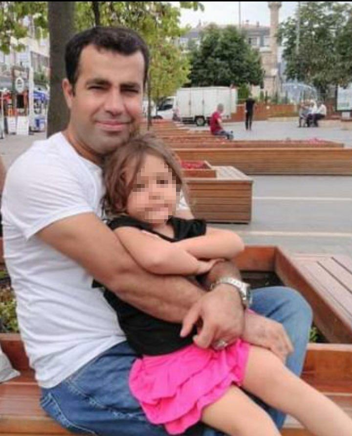 Birbirlerinden şikayetçi olan aileler arasında karakol çıkışı kavga: 1 ölü