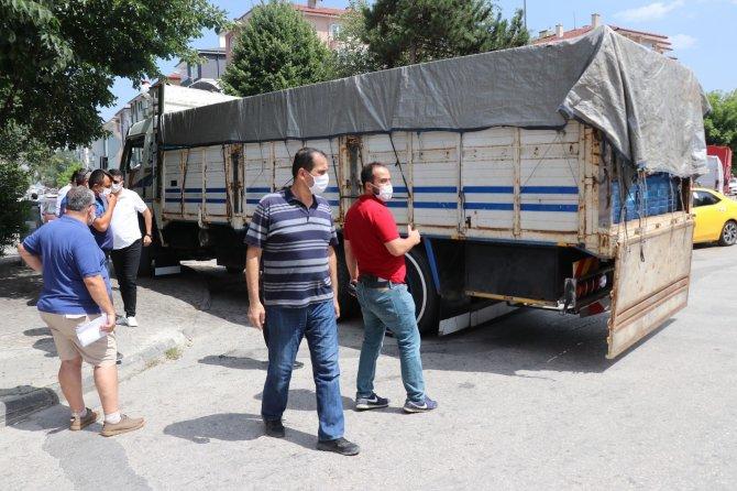 Bolu'ya yabancılar için 20 ton su getiren iş adamına vatandaştan tepki