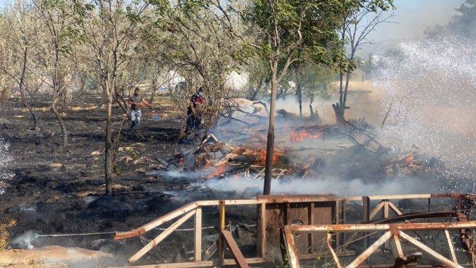 Termal tatil köyü arazisinde yangın