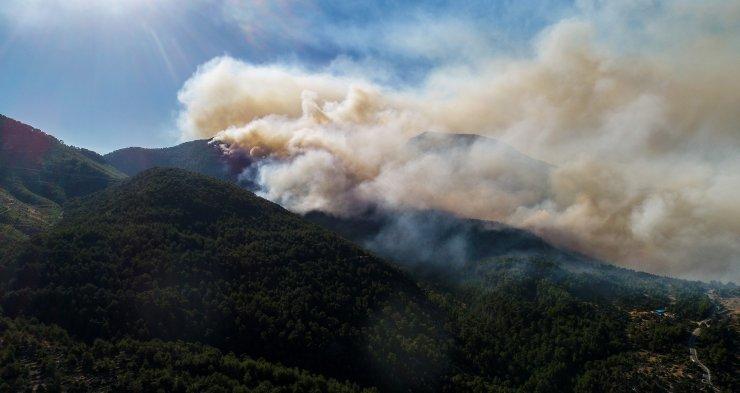 Manavgat'taki büyük yangın 6'ncı gününde