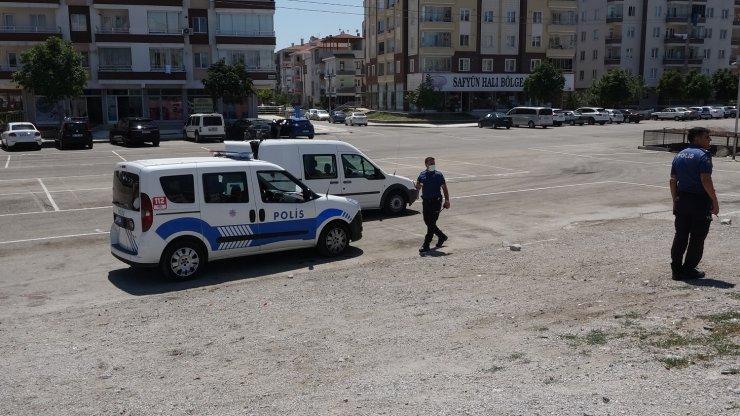 Çalınan aracını trafikte gördü, şüpheliler kovalamacayla yakalandı
