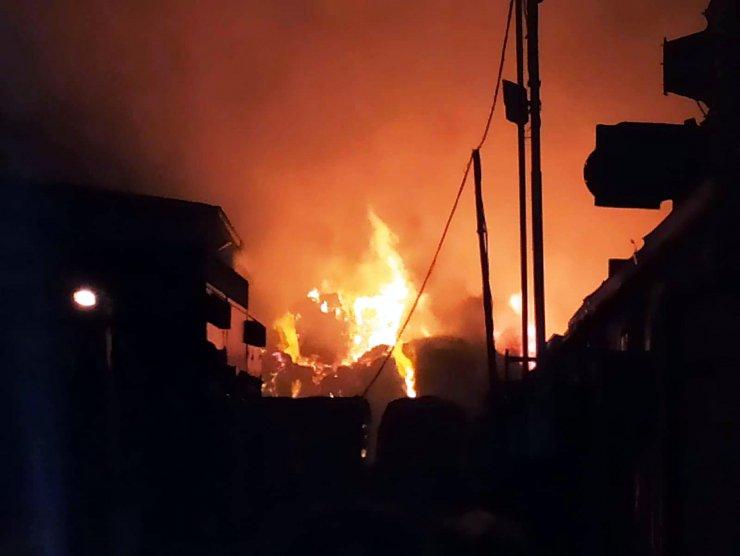 Geri dönüşüm fabrikasında yangın