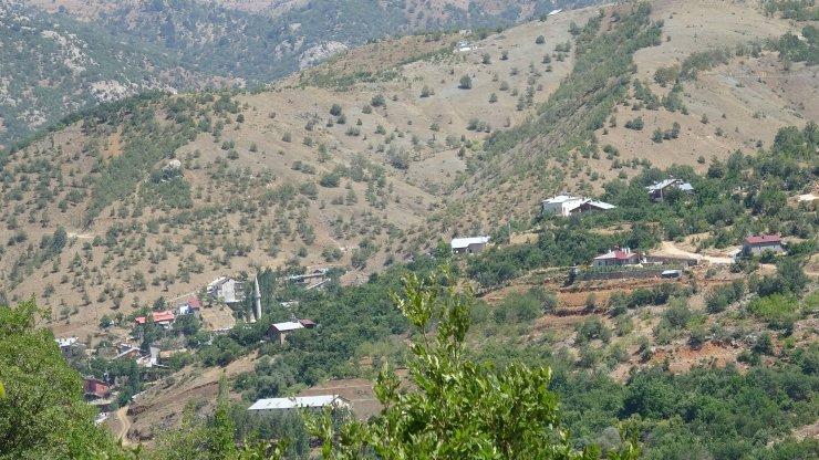 Konya'da 7 kişinin cinayet şüphelisinin bulunması için boş evlerde arama