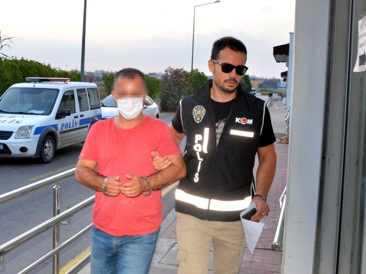 Tefecilerin iş yerinden 'Turgut Alp baltası' çıktı