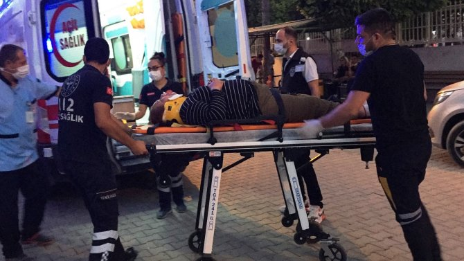 Konya'da devrilen tır karayolunu kapattı, sürücü hayatını kaybetti!