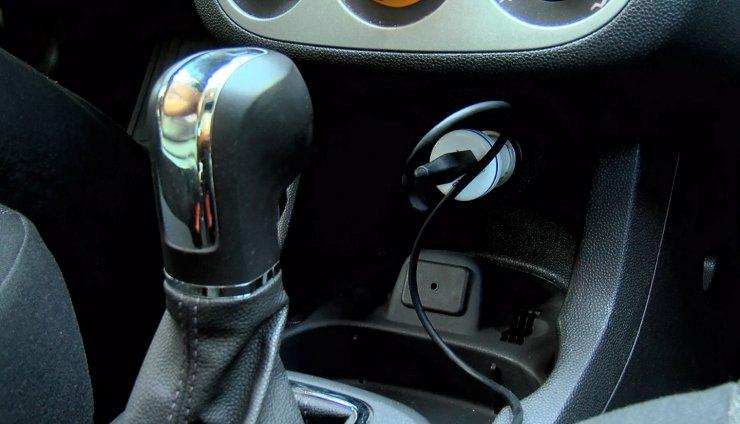 Sıcaklık 80 dereceye ulaşabiliyor; araç içindeki bombalara dikkat!