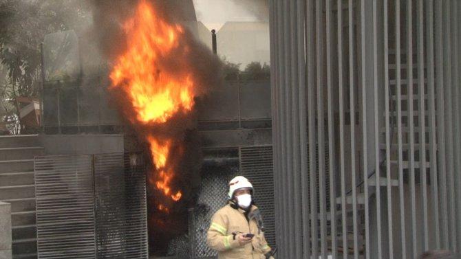 Korkutan yangın: Alev alev yandı