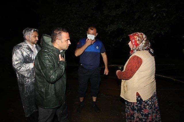 Ordu'da sağanak nedeniyle mahsur kalan 5 kişi kurtarıldı