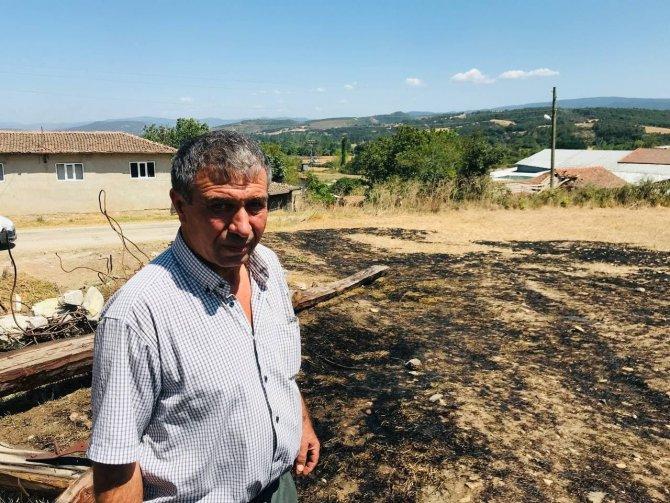 Anız yangını evlere ulaşmadan söndürüldü