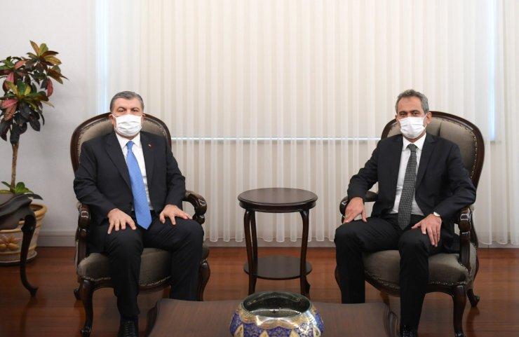 Bakan Koca'dan Milli Eğitim Bakanı Özer'e ziyaret
