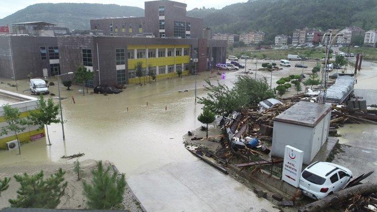Selin hasarı gün ağarınca ortaya çıktı
