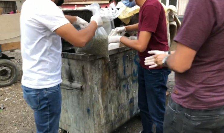 Çöp konteynerinde 28 kilo bonzai bulundu