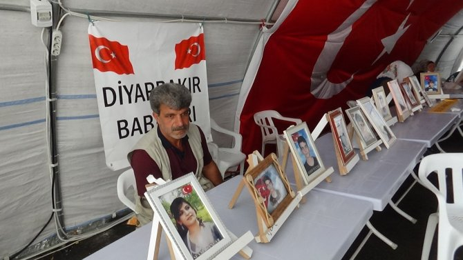 HDP önündeki ailelerin evlat nöbeti 711'inci gününde