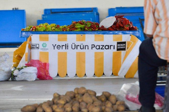 Konya'da kurulan 'yerli ürün pazarı' yoğun ilgi görüyor