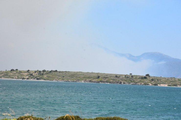 Orman yangınına 2 helikopterle havadan destek