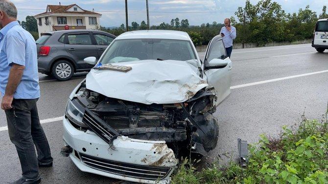 Samsun'da iki otomobil çarpıştı: 4 yaralı