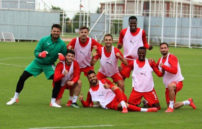 Sivasspor'un Kopenhag ile oynayacağı maçların saati belli oldu