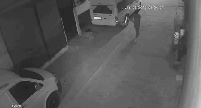Araçları kundaklayan terörist yakalandı