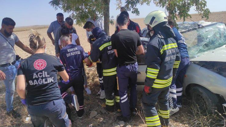 Konya'da otomobil ve hafif ticari araç çarpıştı: 4 yaralı