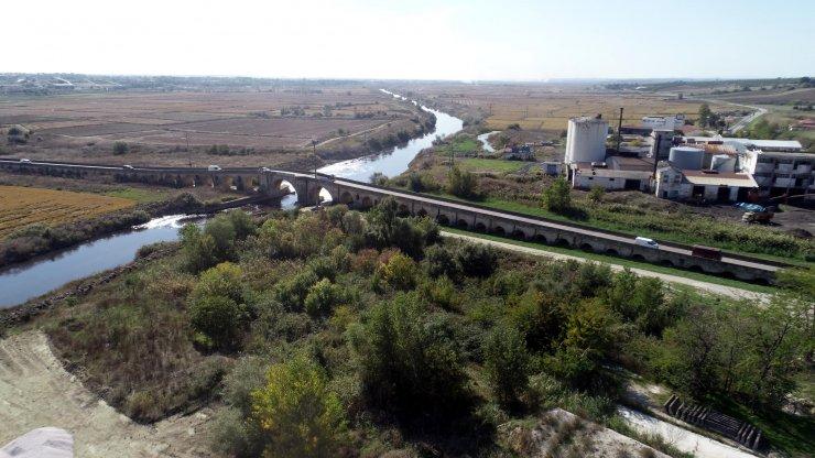 Tarihi Uzunköprü, trafiği kapatılıp restorasyona alındı