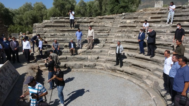 Aydın Valiliği'nden kazı çalışmalarına 1 milyon liralık destek