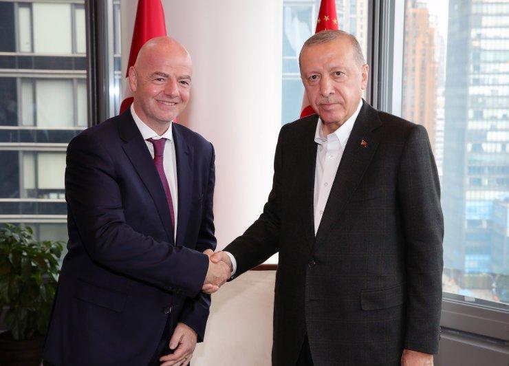 Cumhurbaşkanı Erdoğan, FIFA Başkanı'nı kabul etti