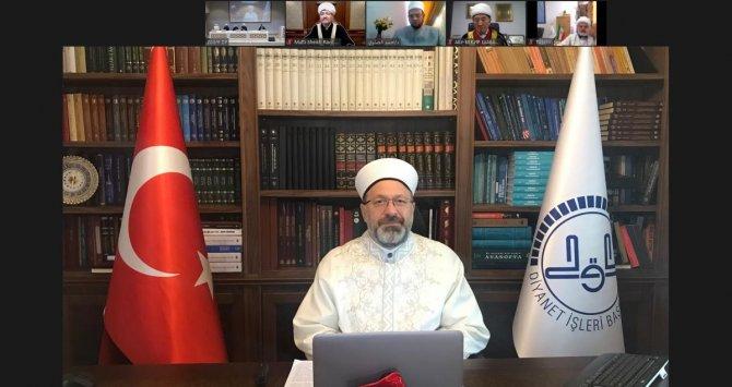 Diyanet İşleri Başkanı Erbaş, 14. Uluslararası Teoloji Konferansı'nda konuştu