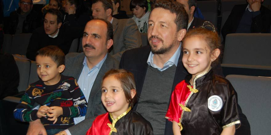 Hidayet Türkoğlu Konyalı spor sevenlerle bir araya geldi