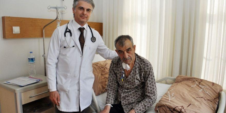 Meram Tıpta aynı gün iki kalp kapağı ameliyatı