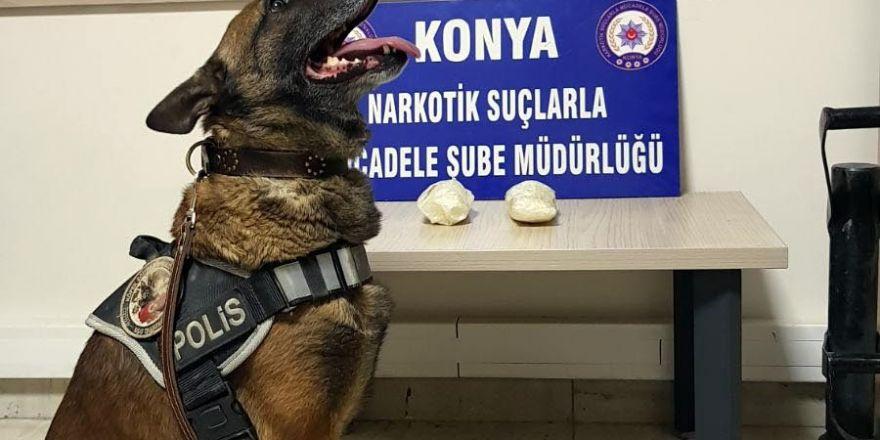 Konya'da narkotik köpeği Oscar, otobüste uyuşturucu madde buldu