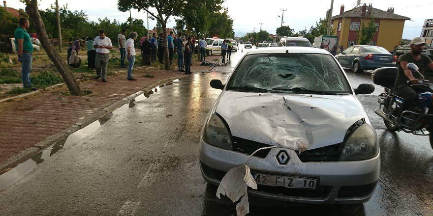 Konya'da acı ölüm! çöp atmaya çıkan adama otomobil çarptı