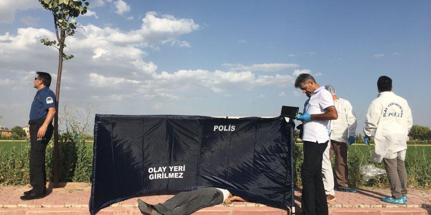 Konya'da korkunç olay! Kaldırımda ceset bulundu