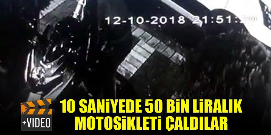 10 saniyede 50 bin liralık motosikleti çaldılar
