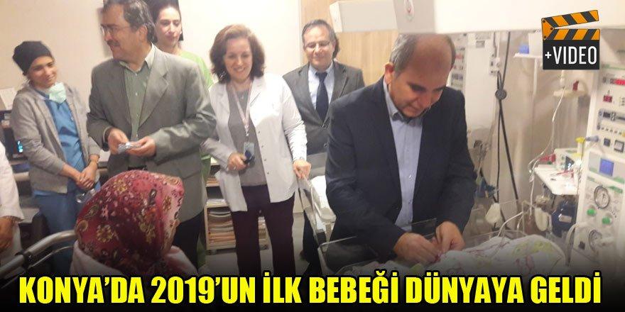 Konya'da 2019'un ilk bebeği dünyaya geldi