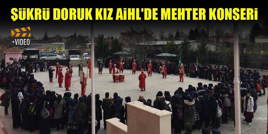 Şükrü Doruk Kız AİHL'de mehter konseri