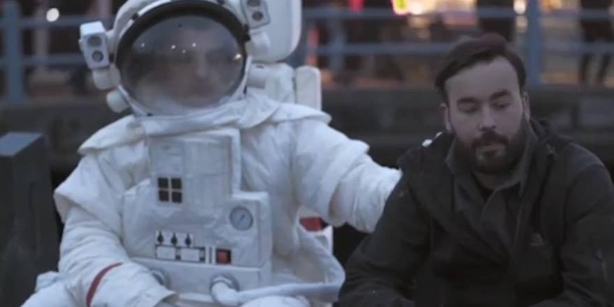 Yeşilay'ın 'astronot virali' 4,5 milyon izlendi