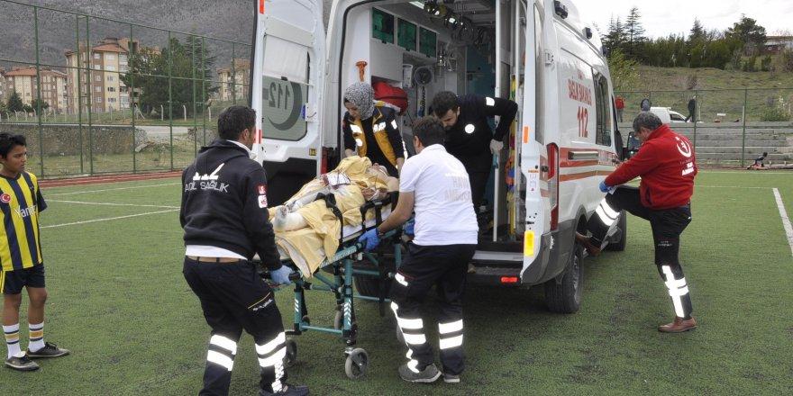 Konya'da ayağını çapa makinesine sıkıştıran bir kişi ağır yaralandı