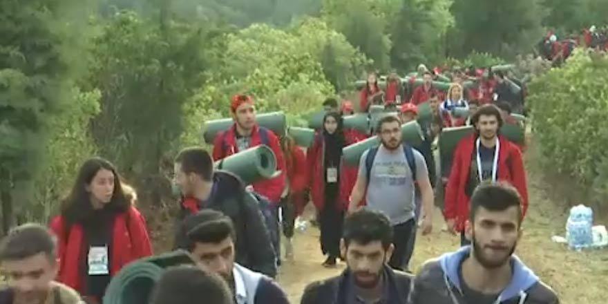 Gençler atalarının izinde Conkbayırı'na yürüdü