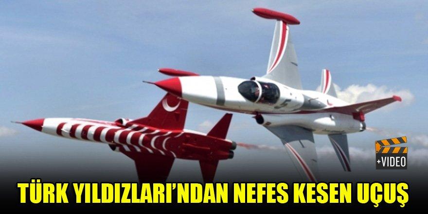 Türk Yıldızları'ndan nefes kesen uçuş
