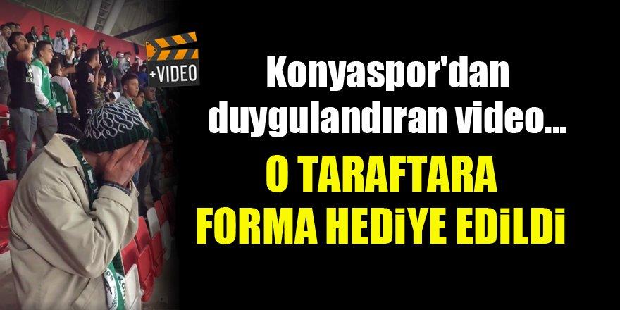 Konyaspor'dan duygulandıran video...O taraftara forma hediye edildi